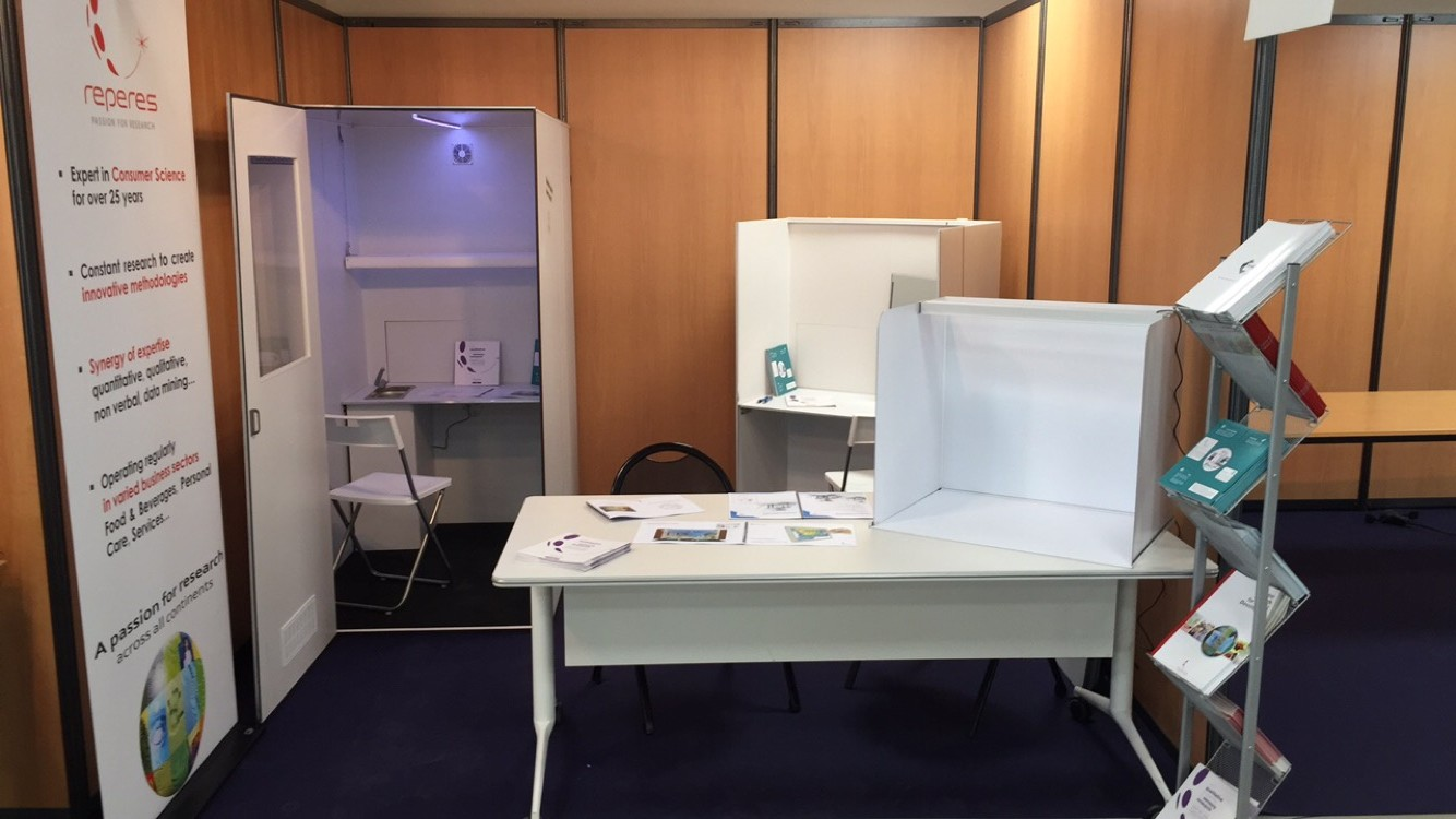 EuroSense 2016 - Exhibition stand of The Lab in the Bag - sensory booth- analysis station- test product- packaging-concept-Repères